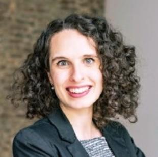 Cristine Lanzoni (she/her)