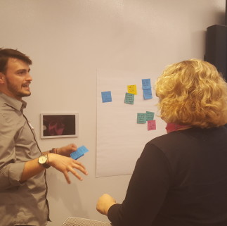 Teams share their ideas on what they want the service design community to be --