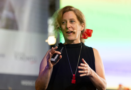 SDGC19 | Annemarie Lesage: Play & Work - How Tangibles Offset Design Thinking Flaws