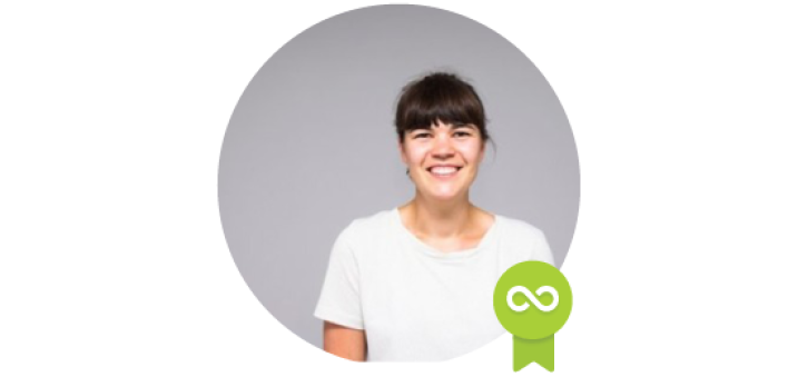 Stina Vanhoof - Accredited Trainer